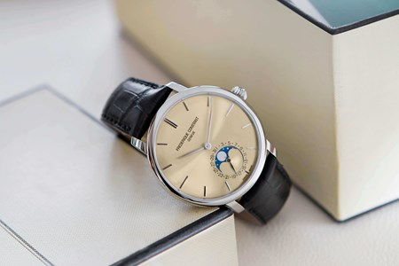 Slimline_Moonphase_Manufacture.jpg